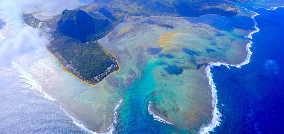 Mauritius Underwater Waterfall Helicopter Tour